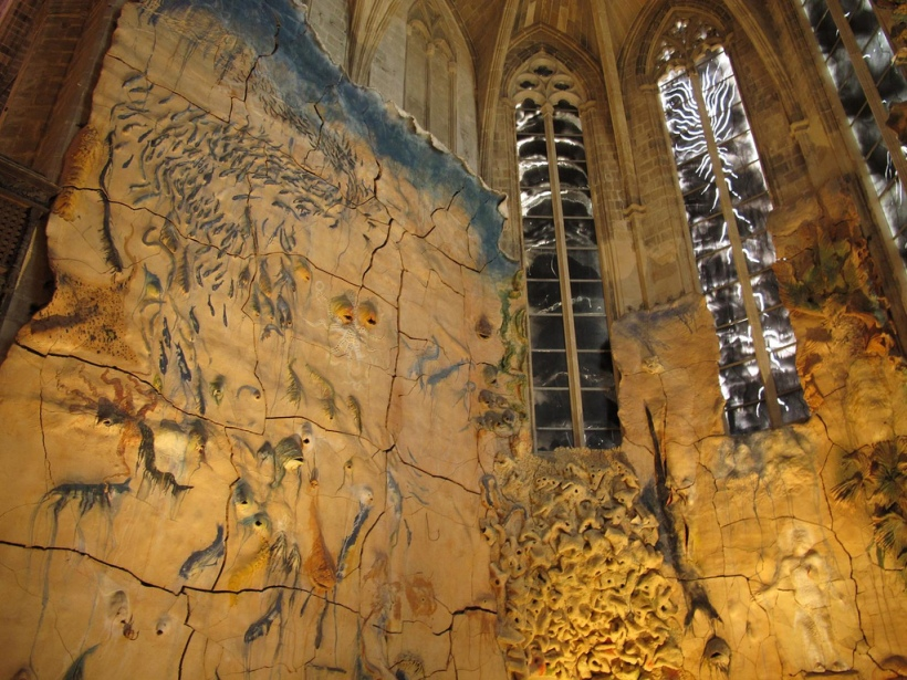 clay wave cathedral mallorca